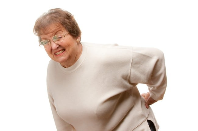 tips melegakan sakit badan orang tua