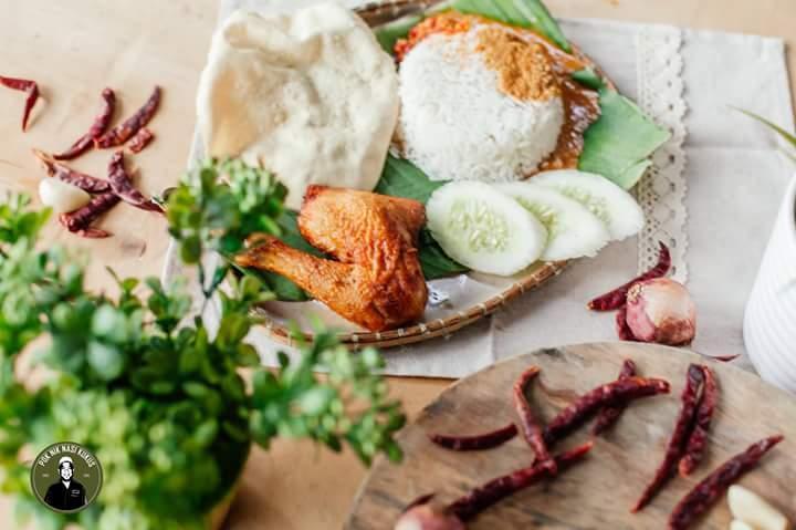 Terdapat Nasi Kukus Ayam Kampung Terbaik di Kuala Lumpur