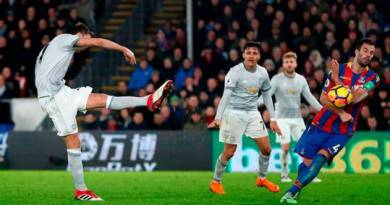 Matic saves United in thrilling comeback