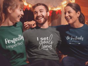 sweatshirt-mockup-of-three-friends-celebrating-christmas-18042.png