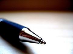 Blog Marketing Up Close Blue Pen Graphic