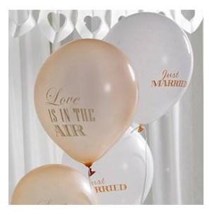 "Conjunto de 8 balões ""Just Married""e ""Love is in the air"""