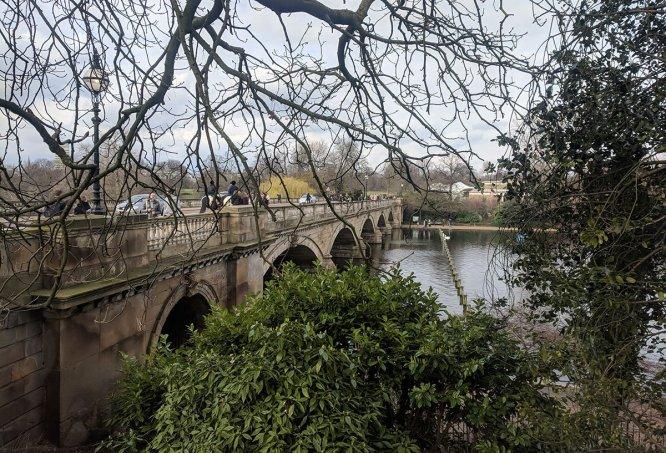 Hacia Hyde Park
