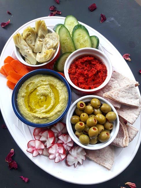 Mediterranean Appetizer Mezze Platter