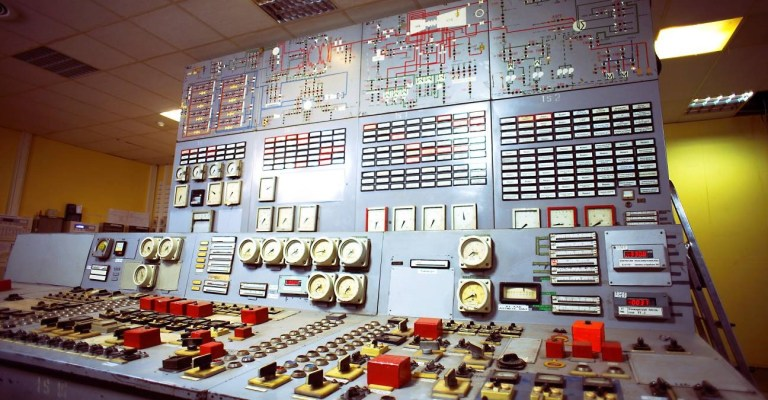 Monitoring in the data center: how we changed the old BMS to a new one. Part 1