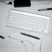 Image of wireless keyboard and a mouse