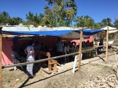 la tettoia permette agli ospiti di stare al riparo dal sole