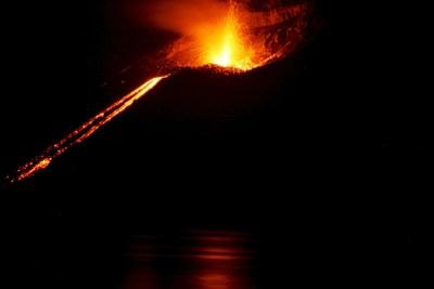 インドネシア クラカトア火山