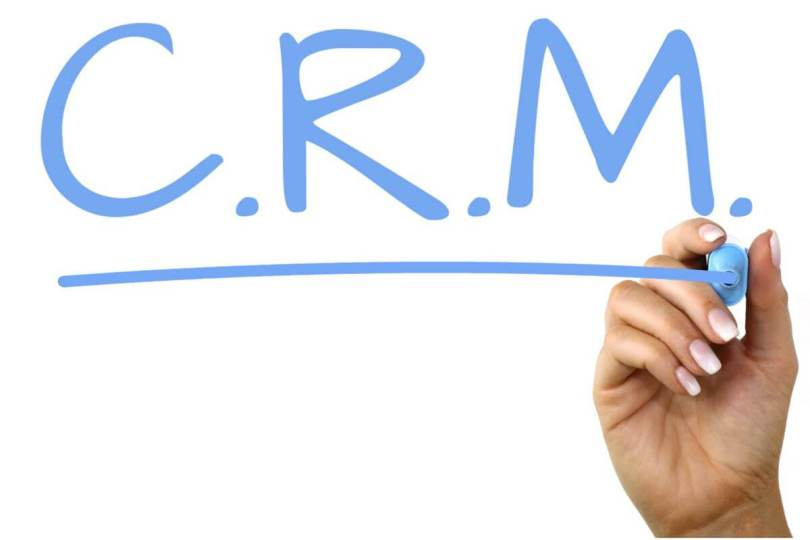 Using CRM software solutions based on the Web to enhance your business