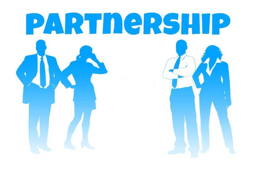 HOW POLITICS AFFECTS PARTNERSHIP AMONG COUNTRIES?