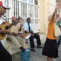 75 músicos cubanos unidos para tocar la Guantanamera