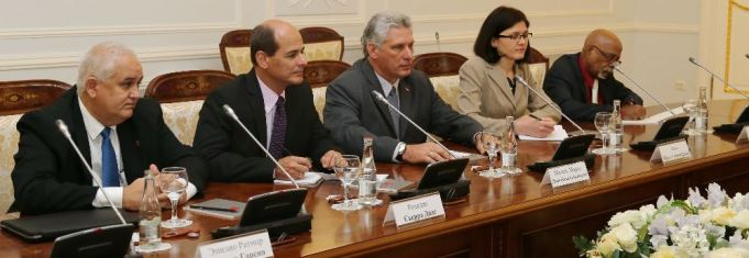 The Cuban delegation included, from left, Ambassador Emilio Lozada García, Deputy Foreign Minister Rogelio Sierra Díaz, Vice President Miguel Díaz-Canel and unidentified aides.