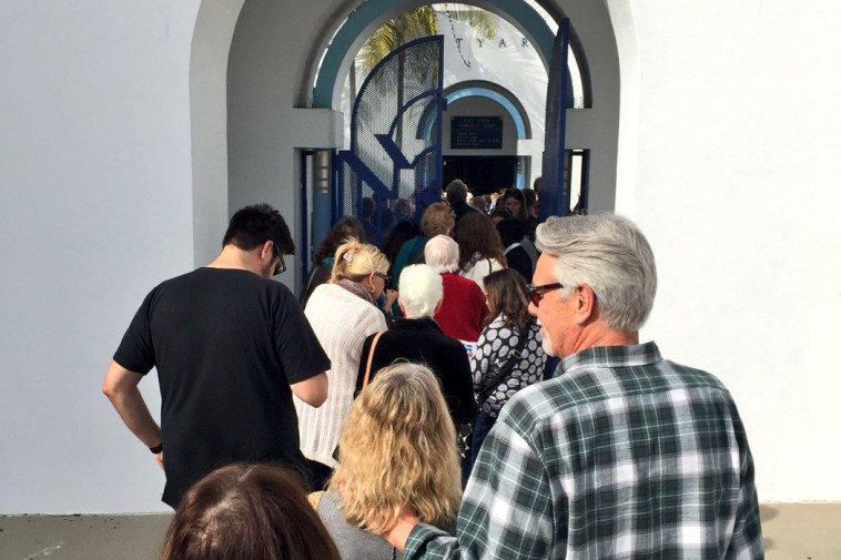 Line to vote at AD76
