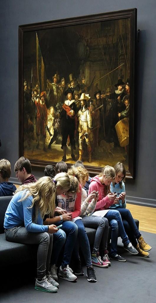 Nieuwe generatie museumbezoekers in het Rijksmuseum / A new generation of museum visitors in the Rijksmuseum, Amsterdam