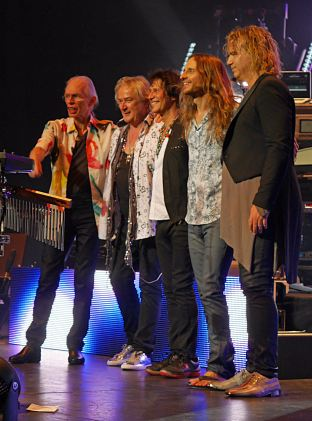YES The Egg Albany 2016 16-small