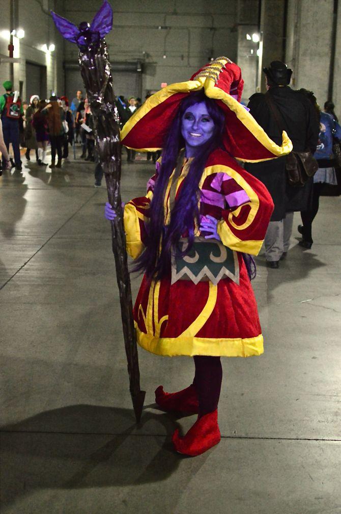 Project-Nerd, Marvel, DC Comics, comics, gaming, cosplay, costuming, cosplayers, over 30 cosplay, Phoenix Comicon Fan Fest, 03