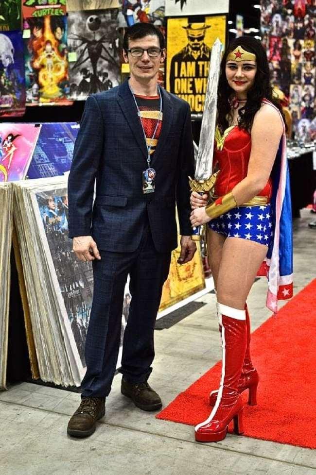 Indiana Comic Con, ICC, 1, cosplay, costumer, fun, Avengers, Captain America, DC Comics, Batman, Anime, animecosplay, gaming, Fallout, Joker, Harley Quinn, comics, comicbook16