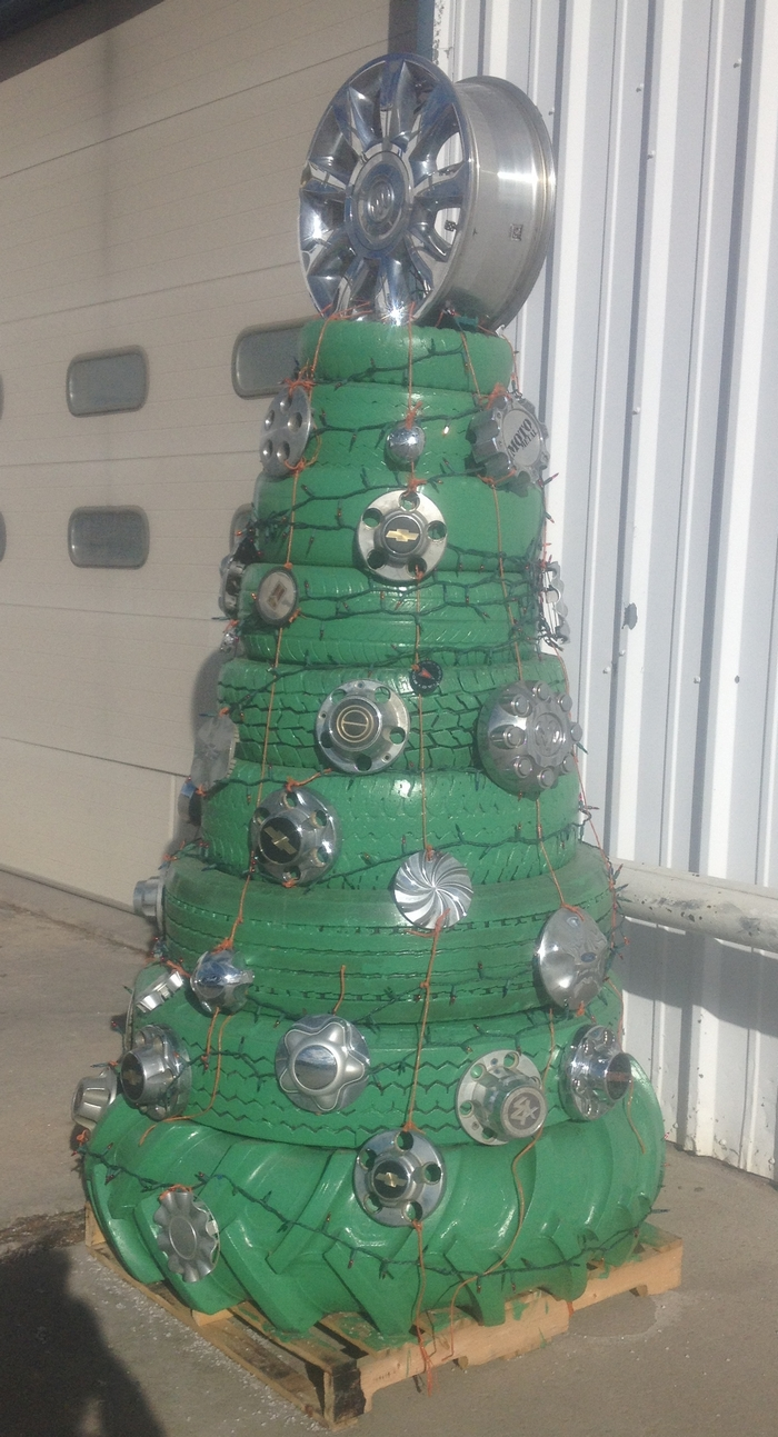 Tire Christmas Tree  Your ProjectsOBN