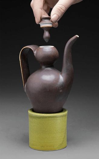 Oil Ewer, Jess Detweiler, Porcelain, 2015