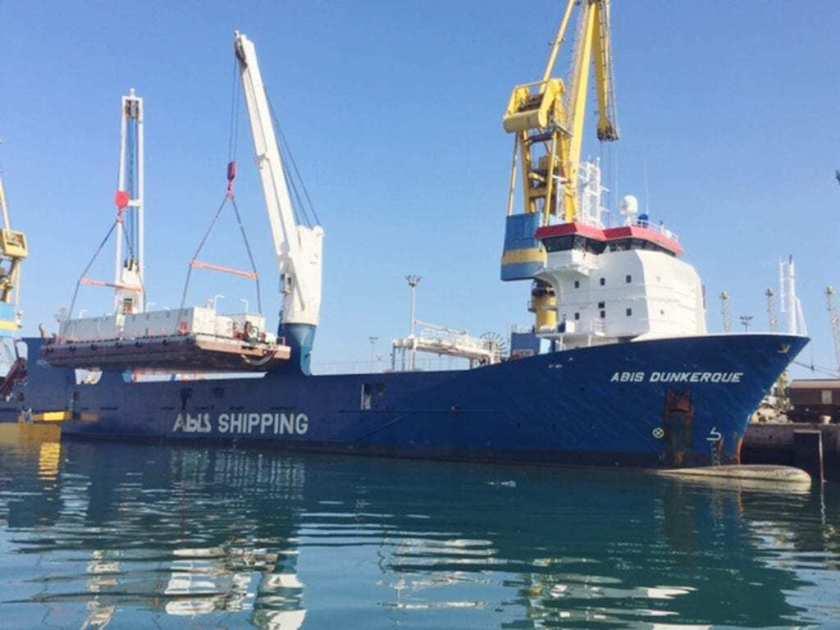 254 Mtons desalination barge
