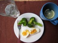 Eggs with brocolli