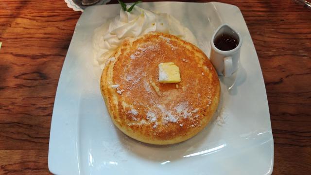 石釜ベイクブレッド茶房タムタムのホットケーキ