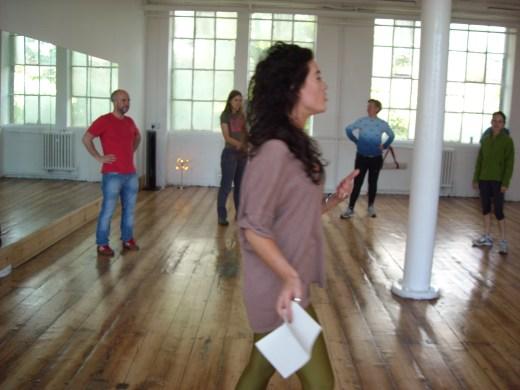Elena explaining how to wiggle like Beyonce!