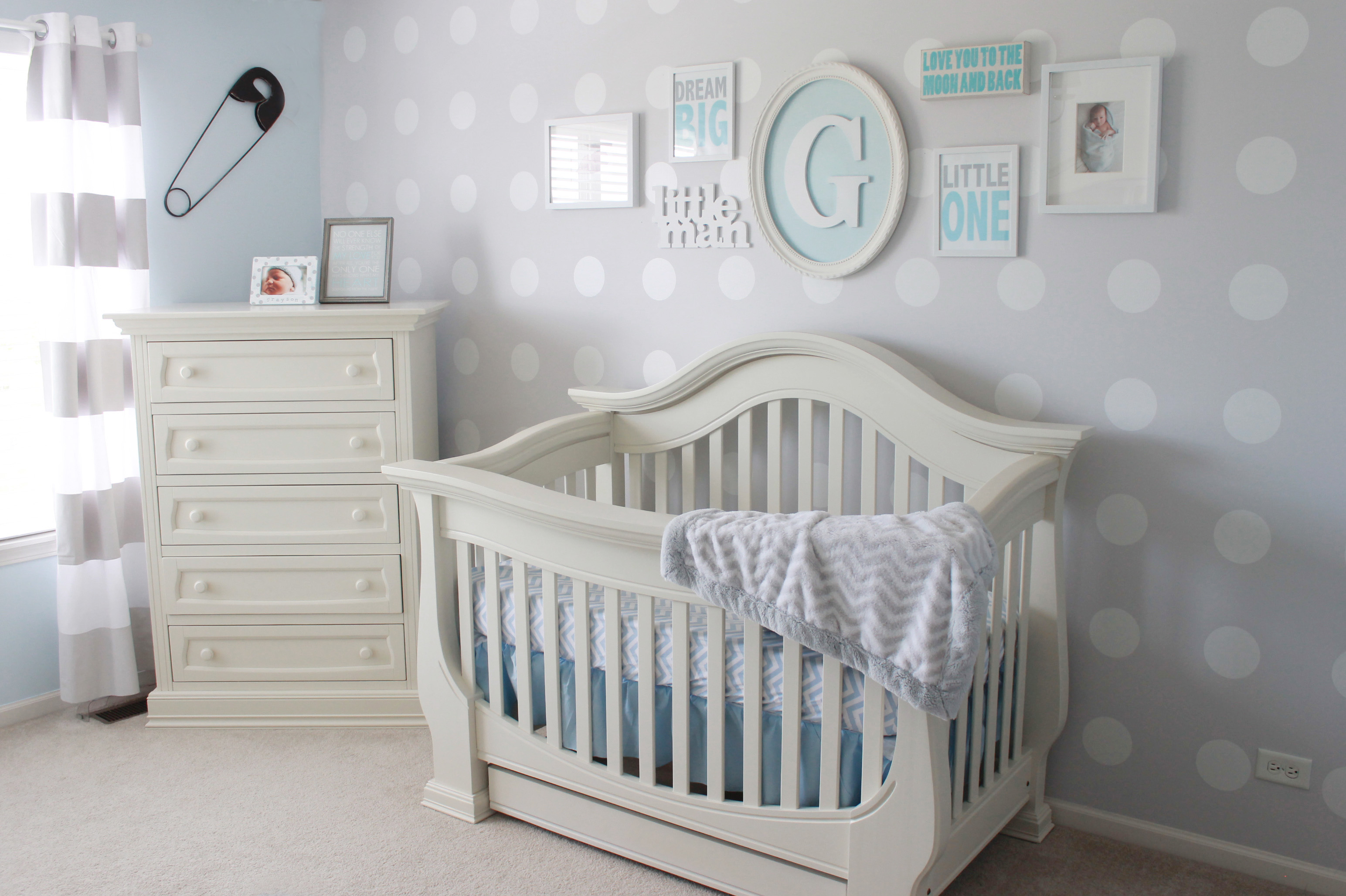 Teenage Girl Room White And Gold Polka Dot Wallpaper Our Little Man S Nursery Project Nursery