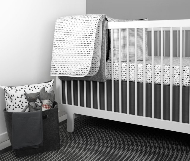 Mini Triangle Crib Bedding Set From Ollilime