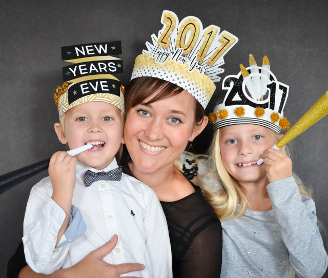 Diy New Years Eve Hats For The Whole Family