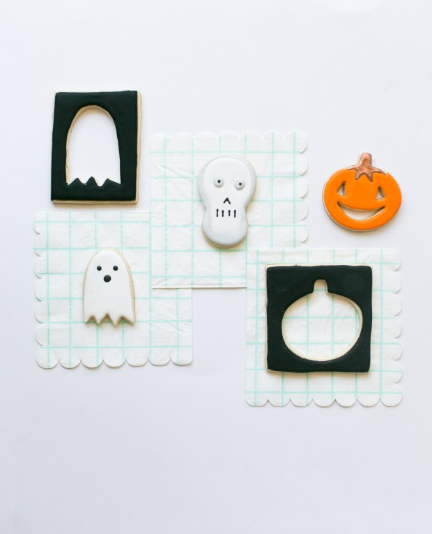 Meri meri Halloween cookie cutter cookies and napkins