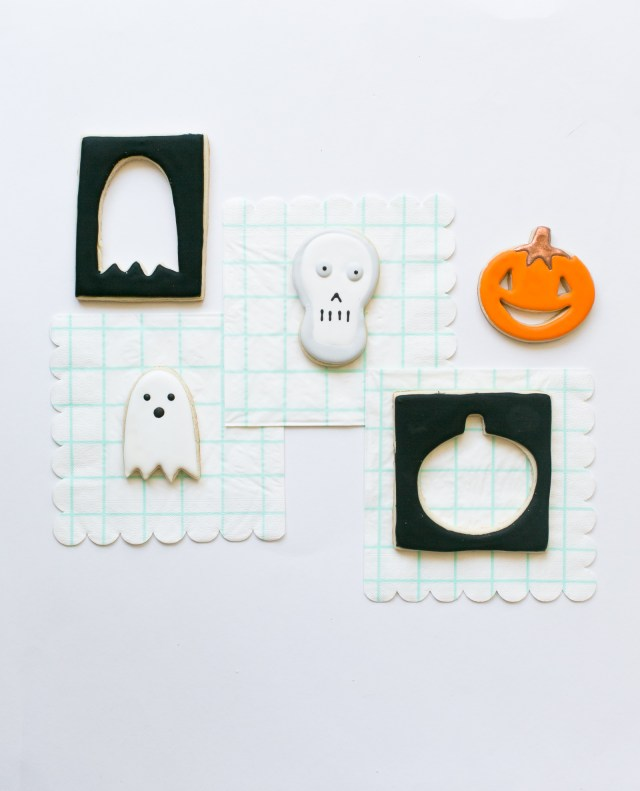 Meri meri Halloween cookie cutter cookies and napkins