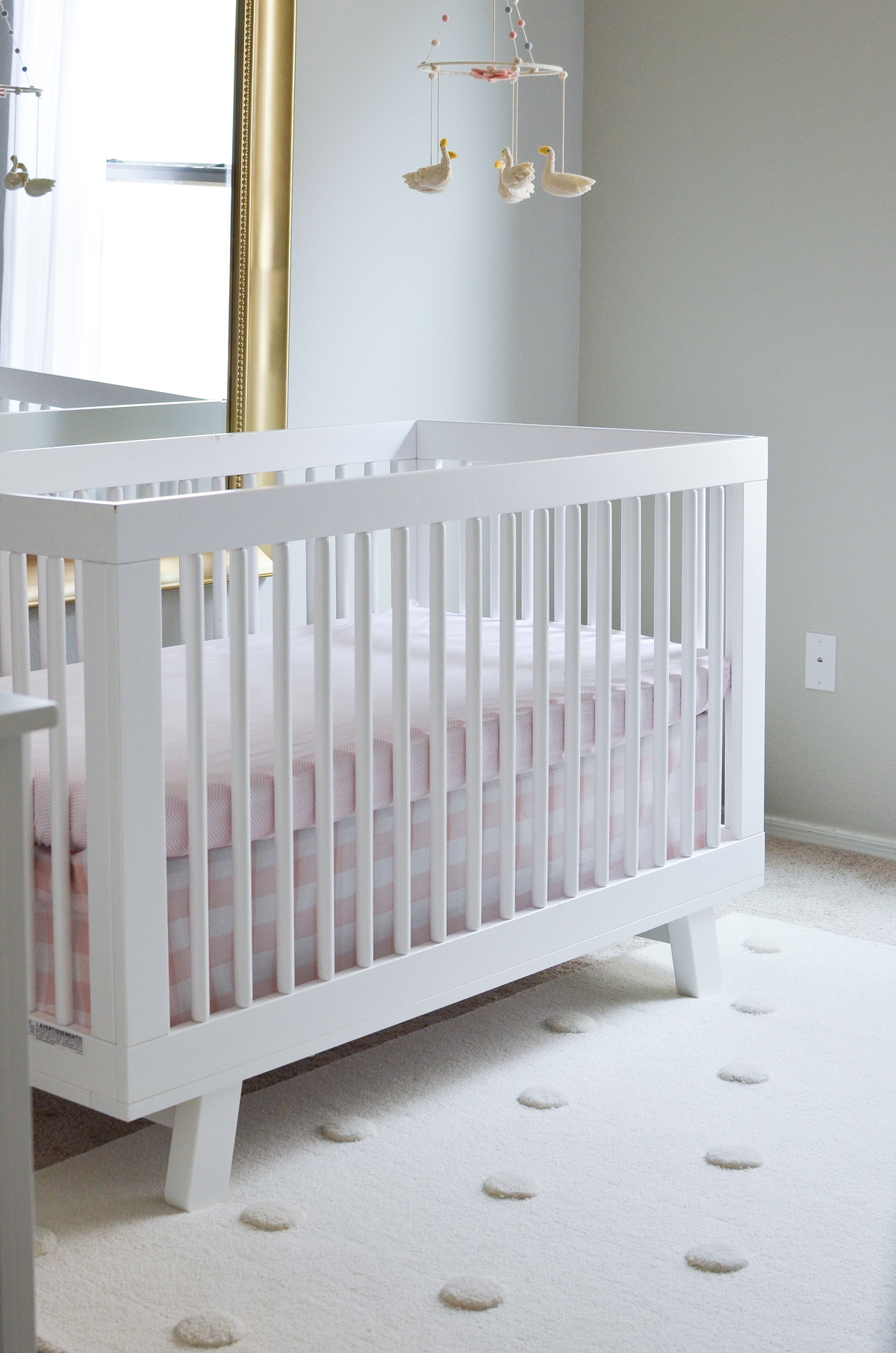 Marvelous! This Pink & White Swan Inspired Nursery Will Make You Swoon