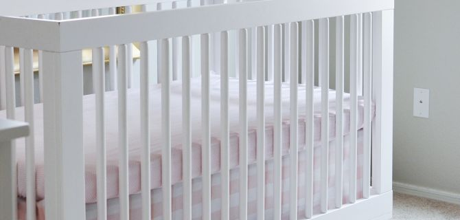 This Pink & White Swan Inspired Nursery will Make You Swoon