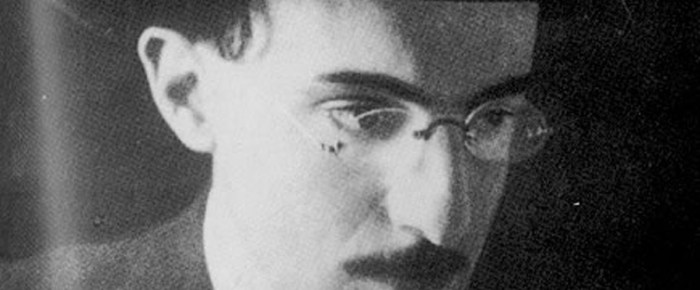 Fernando Pessoa as English reader and writer