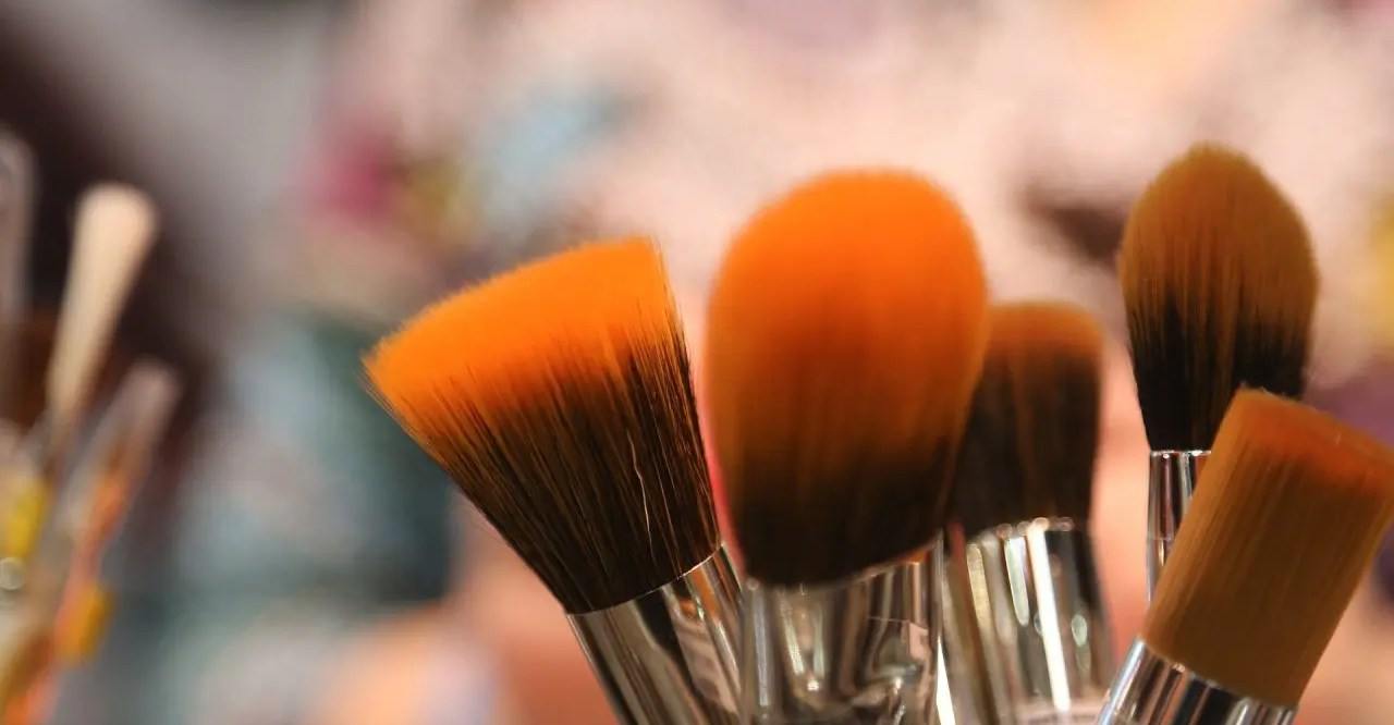 A bundle of paint brushes