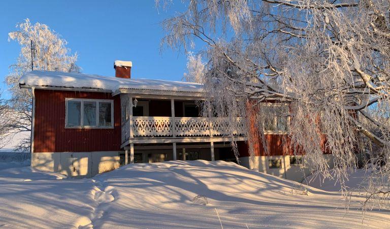 SÅLD! Altansida. Fastigheten Kaxås 128 till salu.