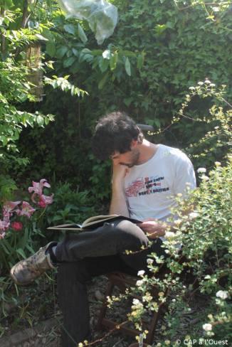 lecture au jardin - Brooklyn