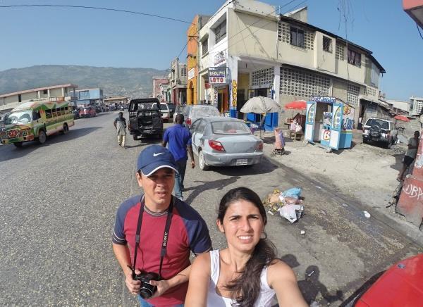 Andando pelas ruas do centro de Porto Príncipe