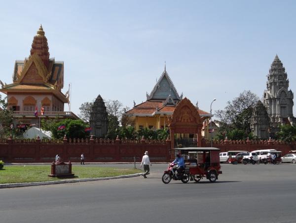 Rua em Pnhom Penh