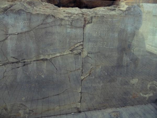 Inscricoes nas Pedras de Persepolis
