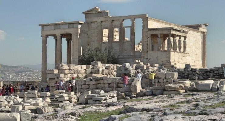 Passeio pelas ruínas históricas de Atenas