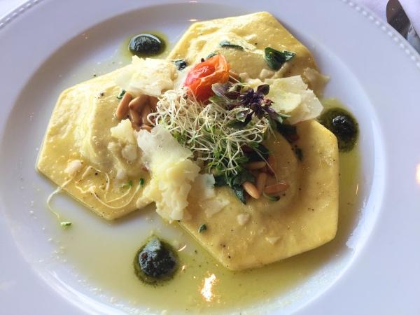 ravioli-de-abobora-terraco-italia