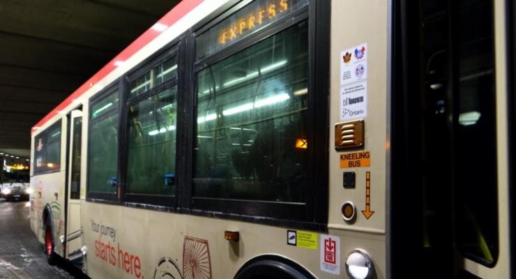 Canadá: veja como ir do aeroporto ao centro de Toronto de ônibus