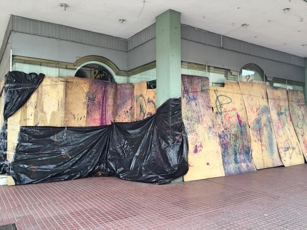 Comercio fechado no carnaval em Sta Cruz