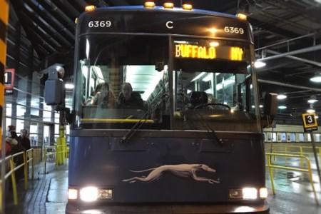 Ônibus entre o Canadá e os EUA: de Toronto a Nova York e de Nova York a Montreal