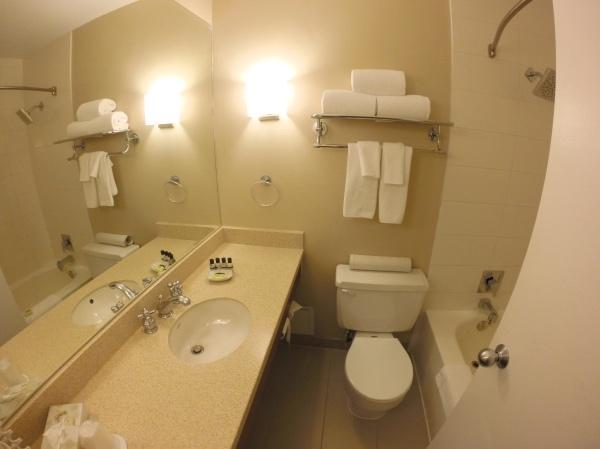 Banheiro do Chelsea Hotel Toronto