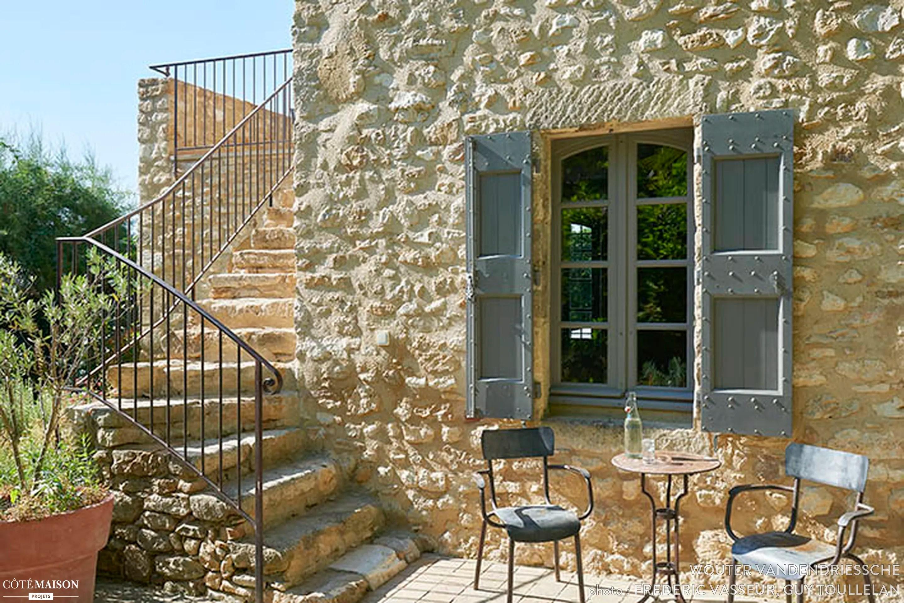 La Maison DUlysse Maison Dhtes Dans Le Gard Wouter