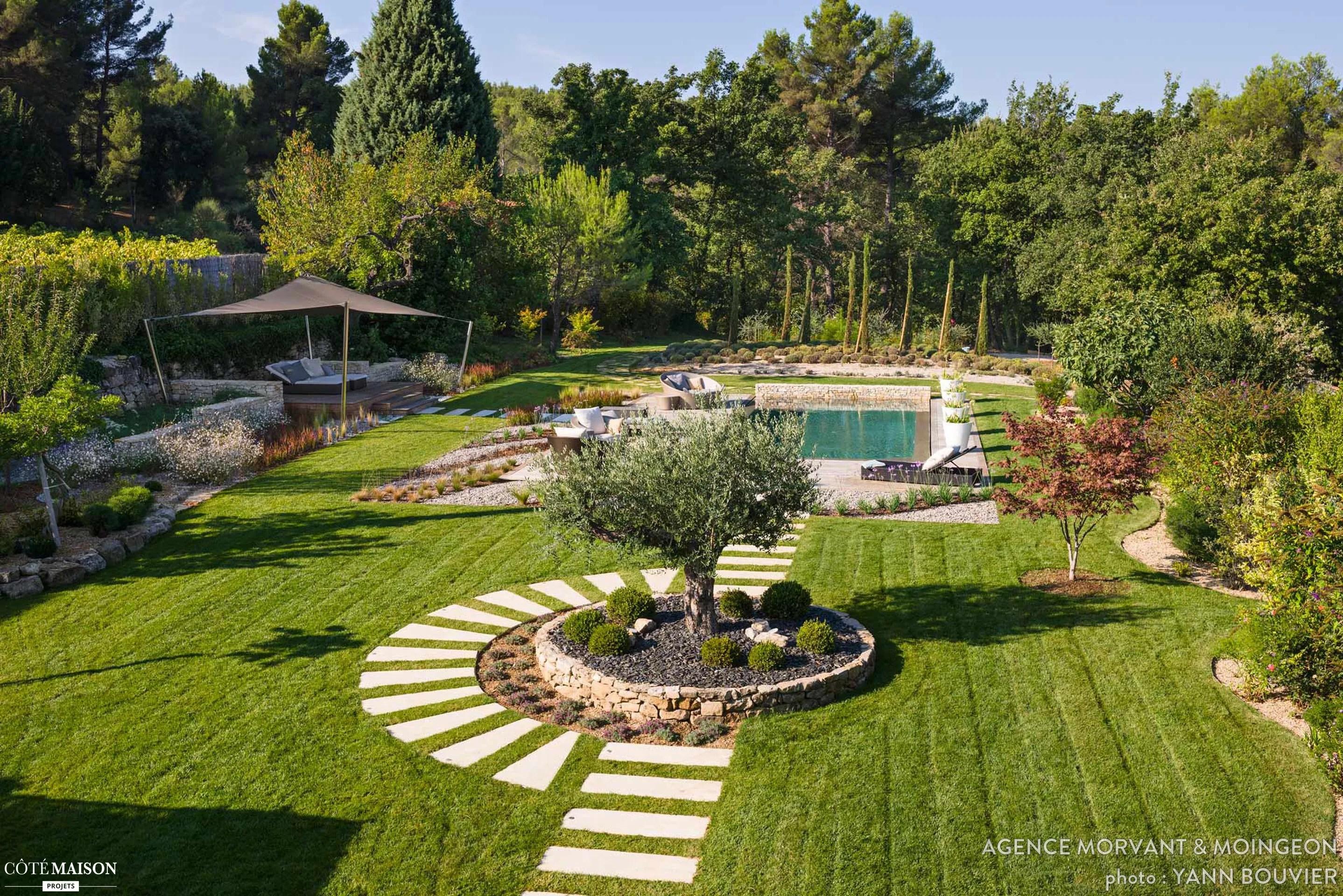 Jardin contemporain en Provence Agence MORVANT  MOINGEON  Ct Maison