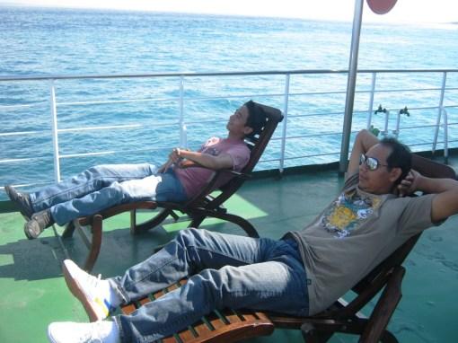 Tangerang - Lombok Part 3 (Pantai Kuta Lombok tengah dan Rumah adat Lombok)